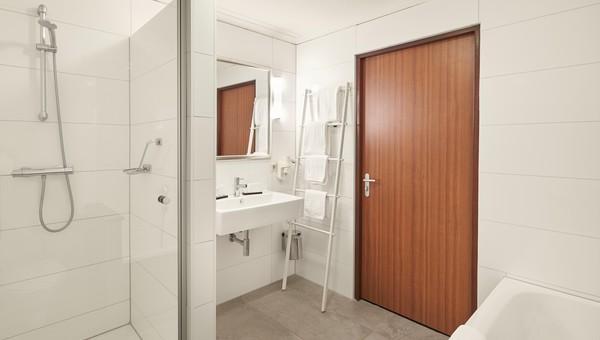 Comfort kamer | met bad & douche | Van der Valk Hotel Cuijk - Nijmegen